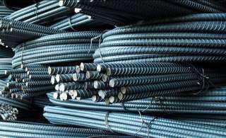 توقعات بمزيد من الارتفاع.. ألف جنيه زيادة في أسعار طن الحديد